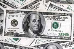 $100 bills in a random pile